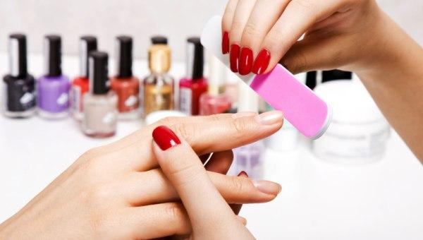 Проведение работы над ногтями